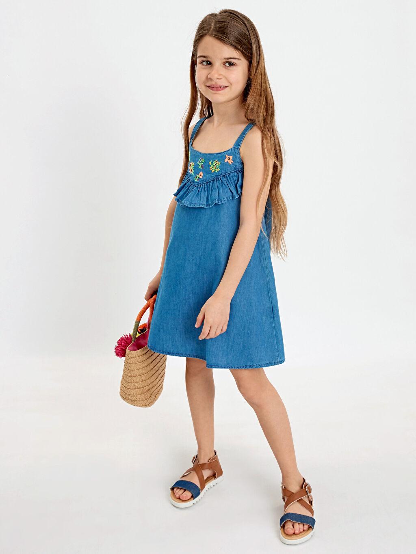 %100 Pamuk Kız Çocuk Fırfır ve Nakışlı Jean Elbise