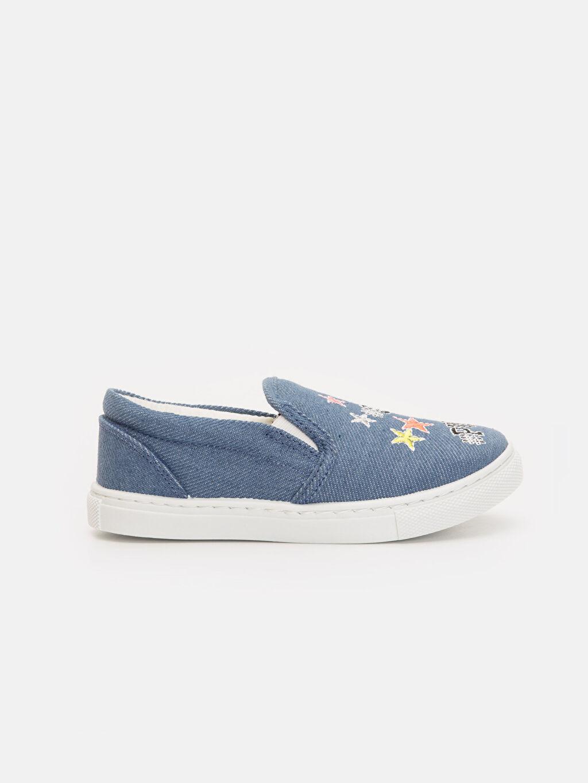 İndigo Kız Çocuk Nakış İşlemeli Düz Ayakkabı 9SQ573Z4 LC Waikiki