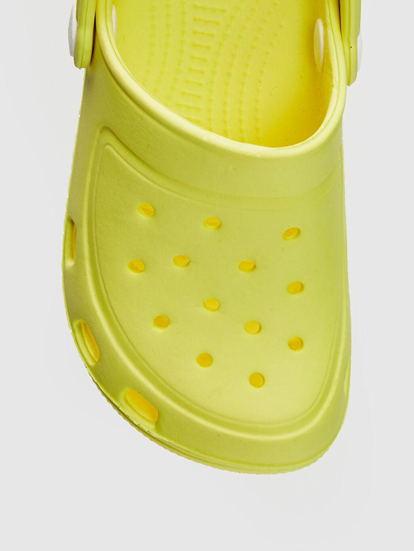 LC Waikiki Sarı Kız Çocuk Sandalet