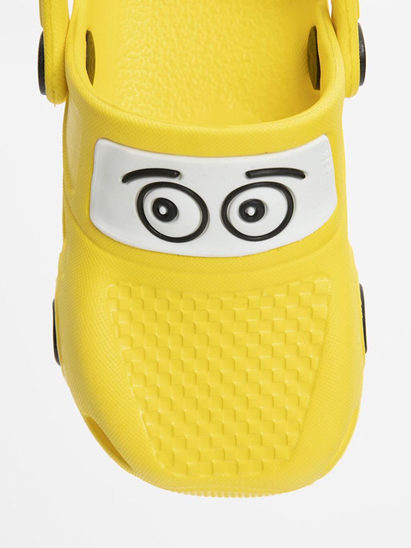 LC Waikiki Sarı Erkek Bebek Desenli Sandalet