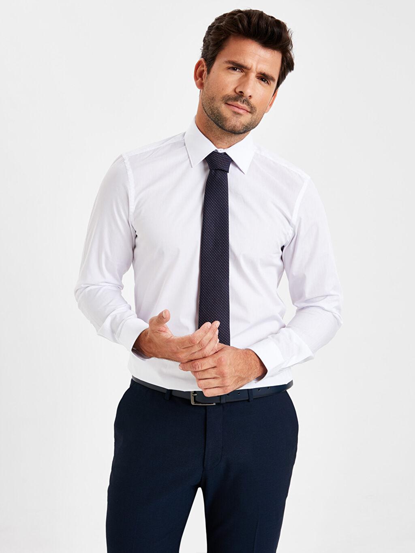 Beyaz Slim Fit Uzun Kollu Gömlek 9W2052Z8 LC Waikiki