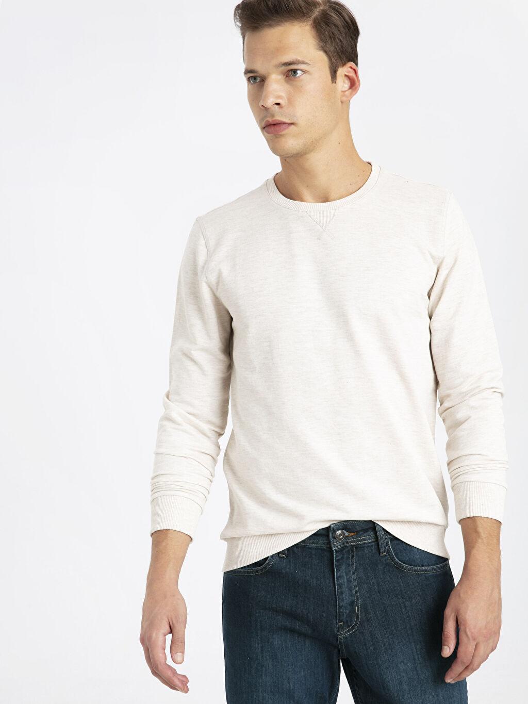 %58 Pamuk %42 Polyester  Bisiklet Yaka Basic Sweatshirt