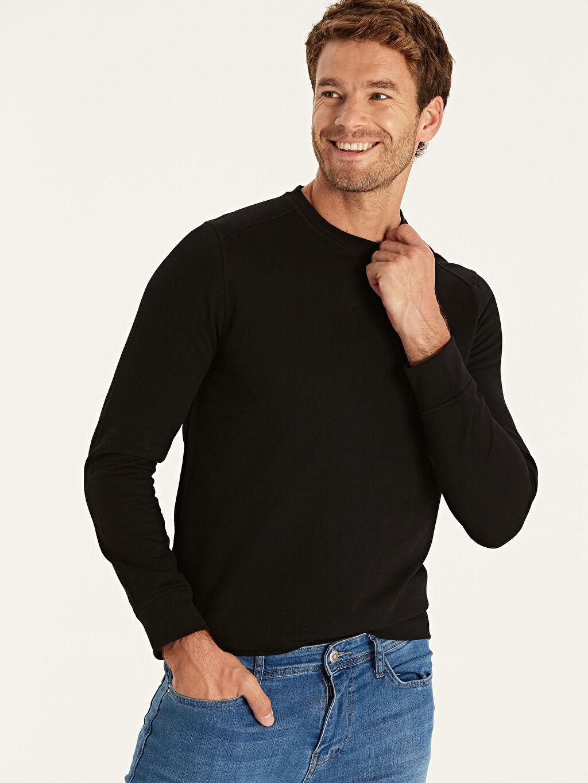 %48 Pamuk %52 Polyester  Rahat Kalıp Bisiklet Yaka Basic Sweatshirt
