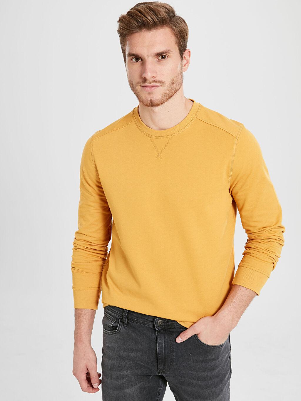 Sarı Rahat Kalıp Bisiklet Yaka Basic Sweatshirt 9WJ016Z8 LC Waikiki
