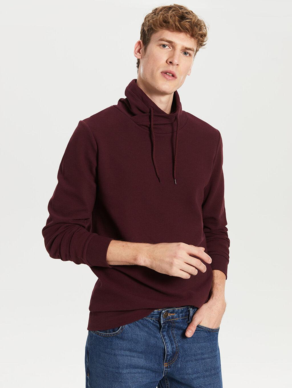 Erkek Keşiş Yaka Basic Sweatshirt