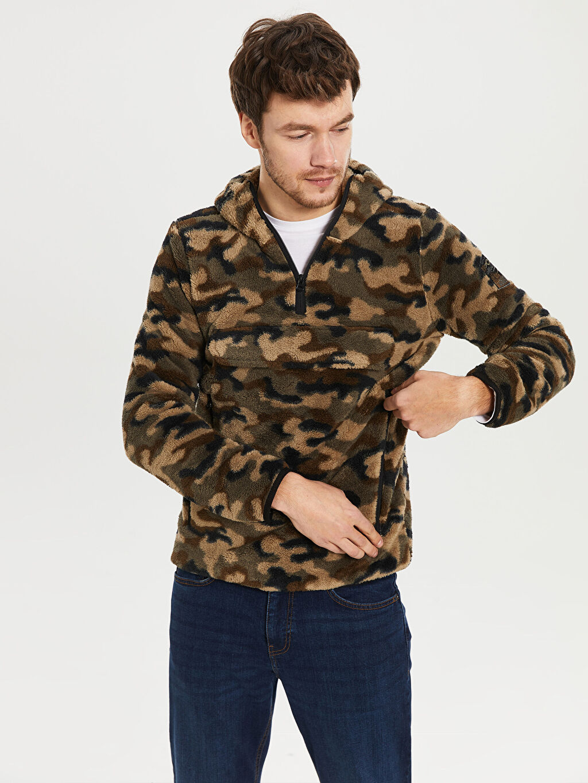 %100 Polyester Orta Kısa Standart Mont Kapüşonlu Kamuflaj Kanguru Mont