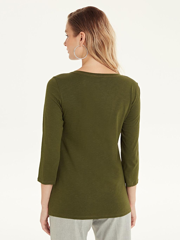 Kadın Yakası Düğmeli Düz Pamuklu Tişört