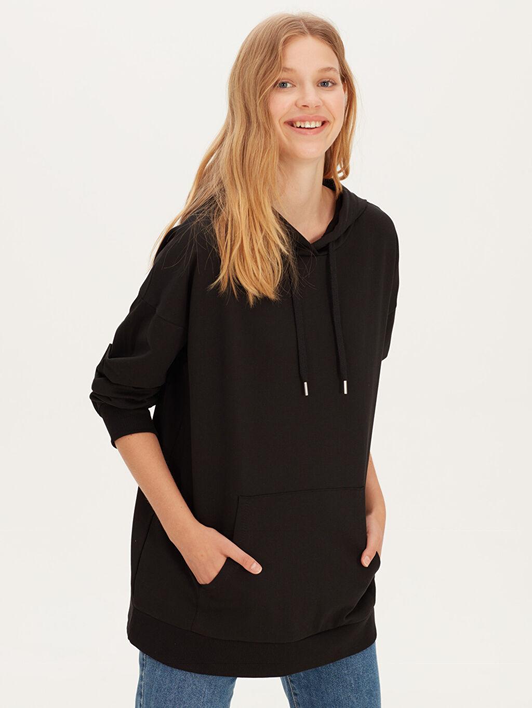 Siyah Kapüşonlu Sweatshirt 9WG110Z8 LC Waikiki