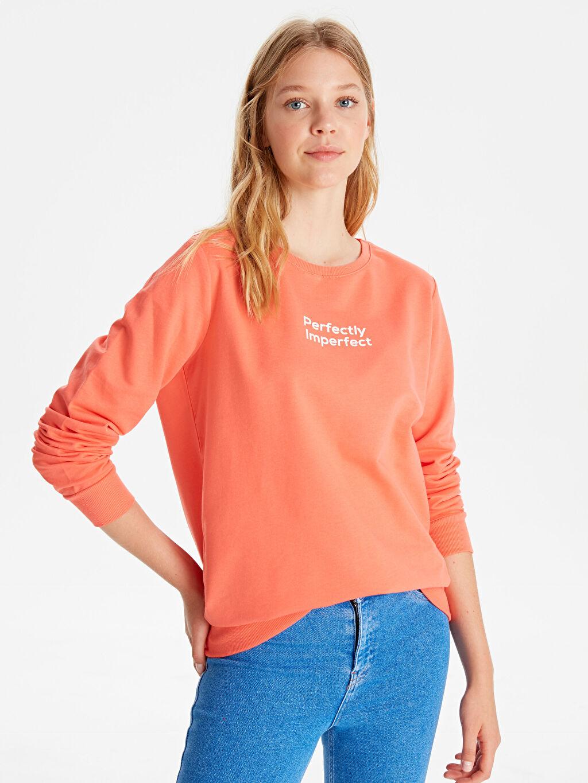 Mercan Yazı Baskılı Sweatshirt 9WH824Z8 LC Waikiki
