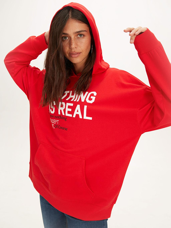 Kırmızı Slogan Baskılı Pamuklu Sweatshirt 9WI225Z8 LC Waikiki