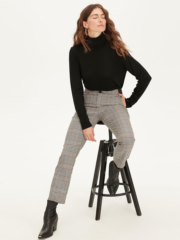%64 Polyester %2 Elastan %34 Viskon Normal Bel Standart Bilek Boy Ekoseli Pantolon