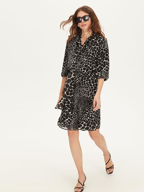 %100 Polyester %100 Polyester Diz Üstü Desenli Yaka Detaylı Desenli Şifon Elbise