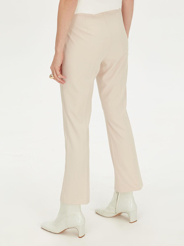 Kadın Geniş Paça Bilek Boy Kumaş Pantolon