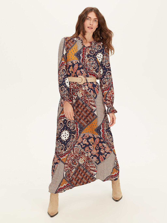 %100 Viskoz Uzun Desenli Uzun Kol Yakası Fırfırlı Maroken Elbise