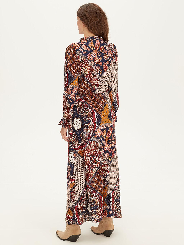 Kadın Yakası Fırfırlı Maroken Elbise