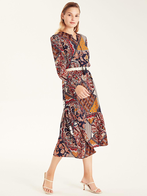 Kadın Desenli Yaka Detaylı Viskon Elbise