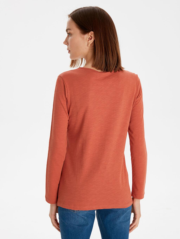 Kadın Yaka Detaylı Pamuklu Tişört