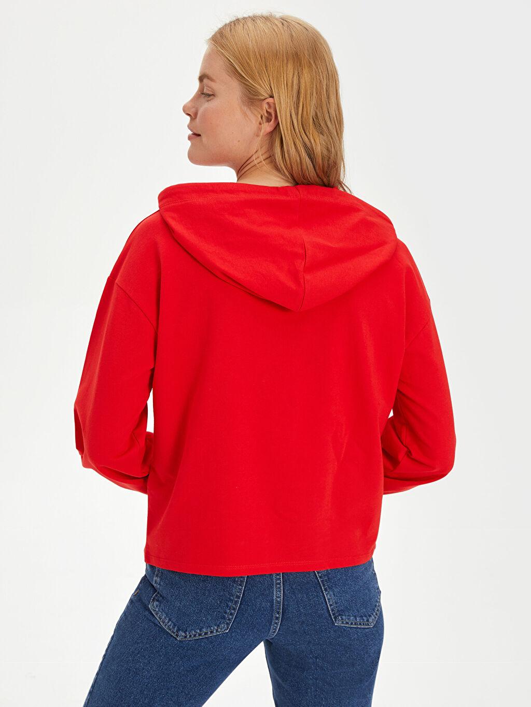 Kadın Yazı Baskılı Kapüşonlu Pamuklu Sweatshirt