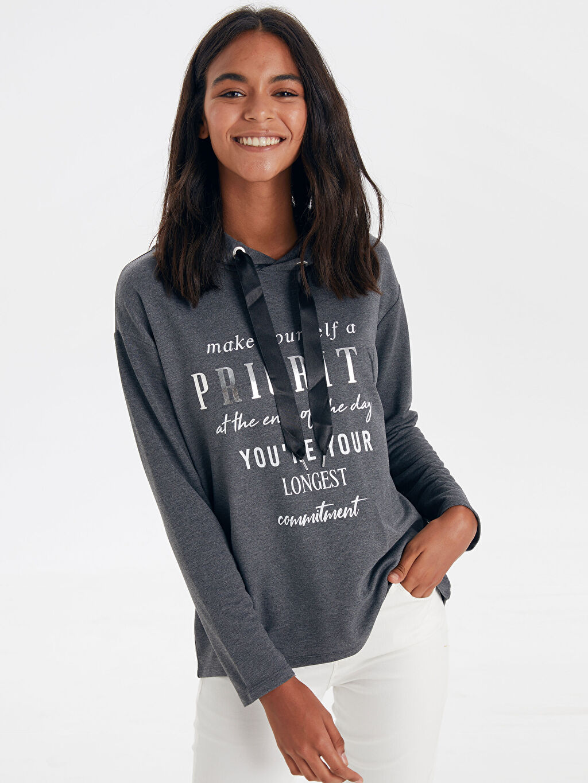 %65 Polyester %35 Viskon  Slogan Detaylı Sweatshirt