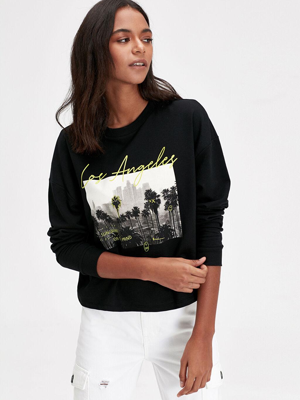 Siyah Baskılı Sweatshirt 9WK448Z8 LC Waikiki
