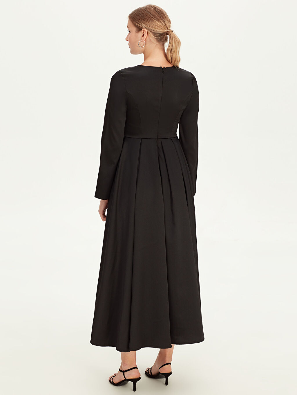 %100 Polyester Uzun Düz Elbise