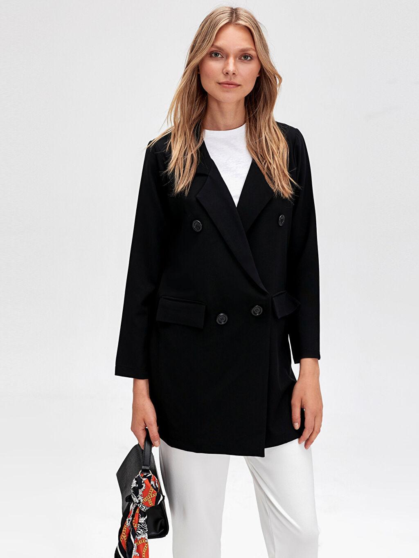%86 Polyester %14 Elastan Orta Ceket İnce Düğme Detaylı İnce Ceket