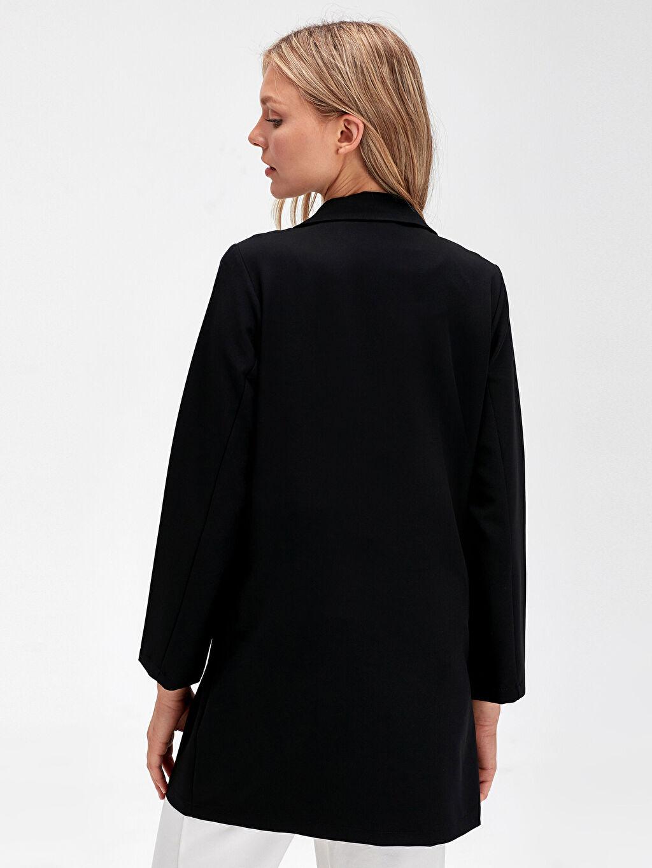 Kadın Düğme Detaylı İnce Ceket