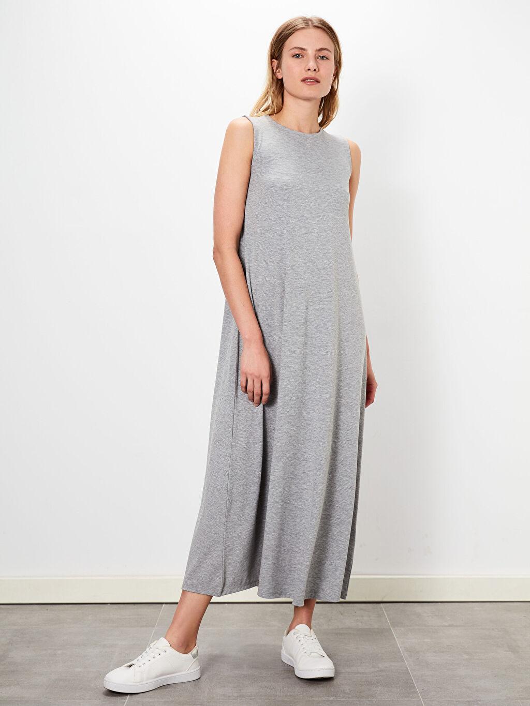 %61 Polyester %35 Viskon %4 Elastan Uzun Düz Kolsuz Düz Basic Kolsuz Salaş Elbise