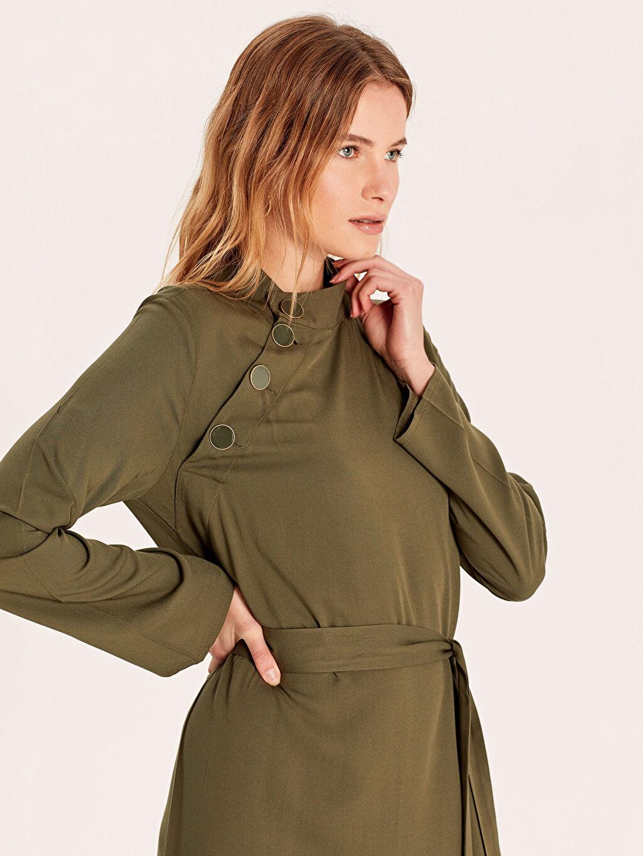 %100 Viskoz Uzun Düz Uzun Kol Yakası Düğmeli Kuşaklı Düz Viskon Elbise