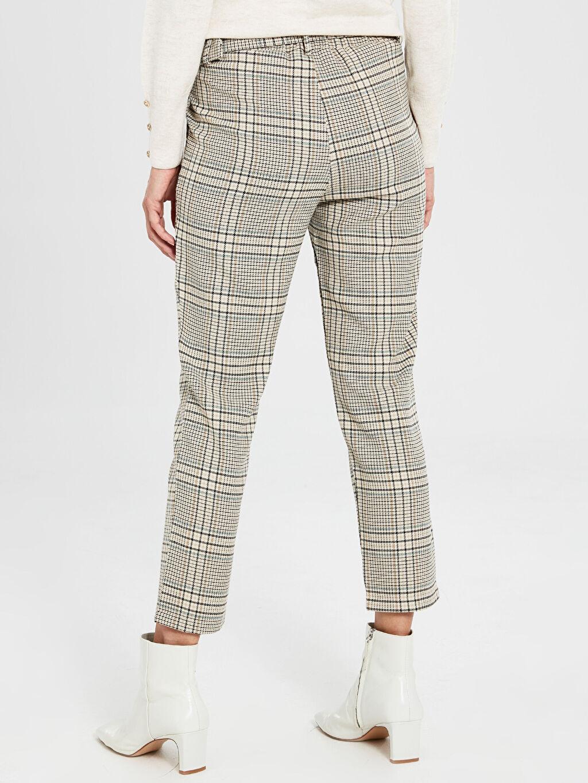 %64 Polyester %33 Viskon %3 Elastan Kemerli Bilek Boy Ekose Havuç Pantolon
