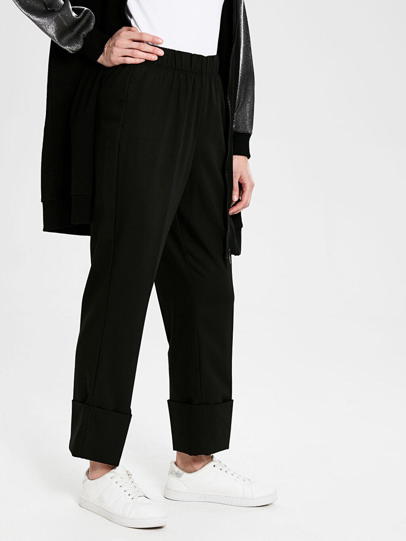 Kadın Paça Detaylı Beli Lastikli Pantolon