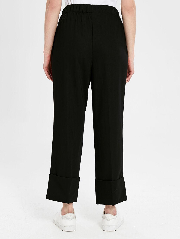 %68 Polyester %4 Elastan %28 Viskoz Paça Detaylı Beli Lastikli Pantolon