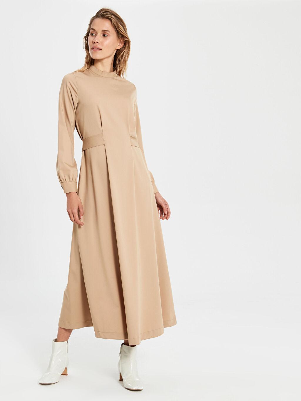%68 Poliester %25 Viskoz %7 Elastan Uzun Düz Uzun Kol Dik Yaka Kuşaklı Uzun Elbise