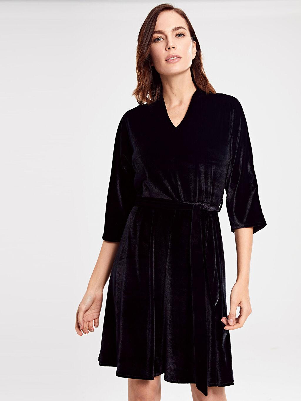 Kadın Kuşaklı Esnek Kadife Elbise
