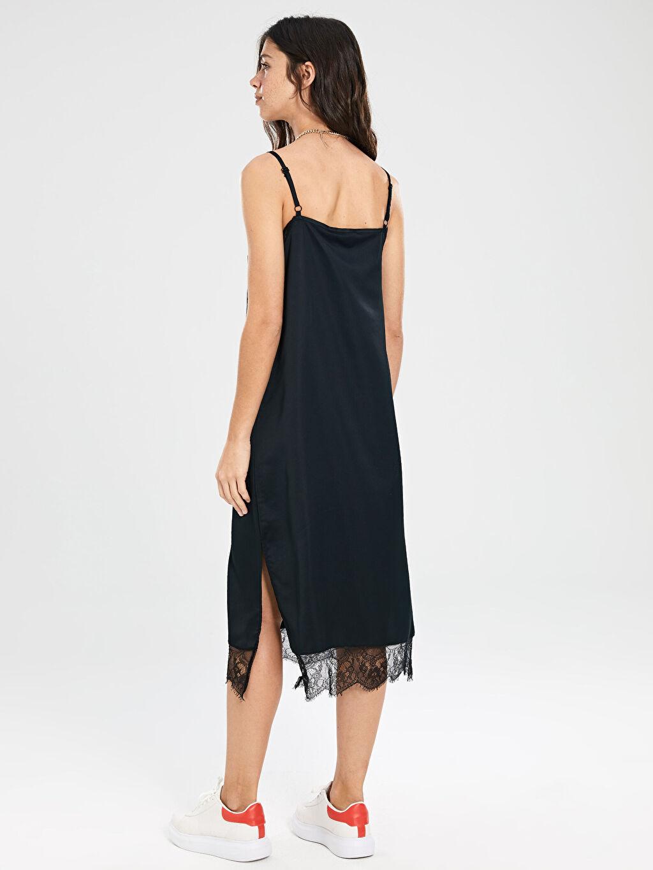 %100 Polyester Dantel Detaylı Askılı Elbise