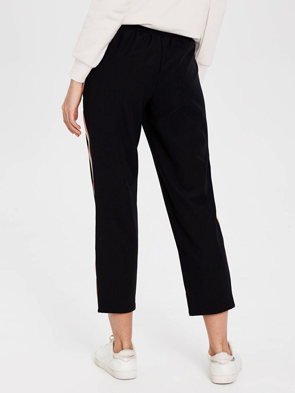 Kadın Şerit Detaylı Bilek Boy Esnek Pantolon