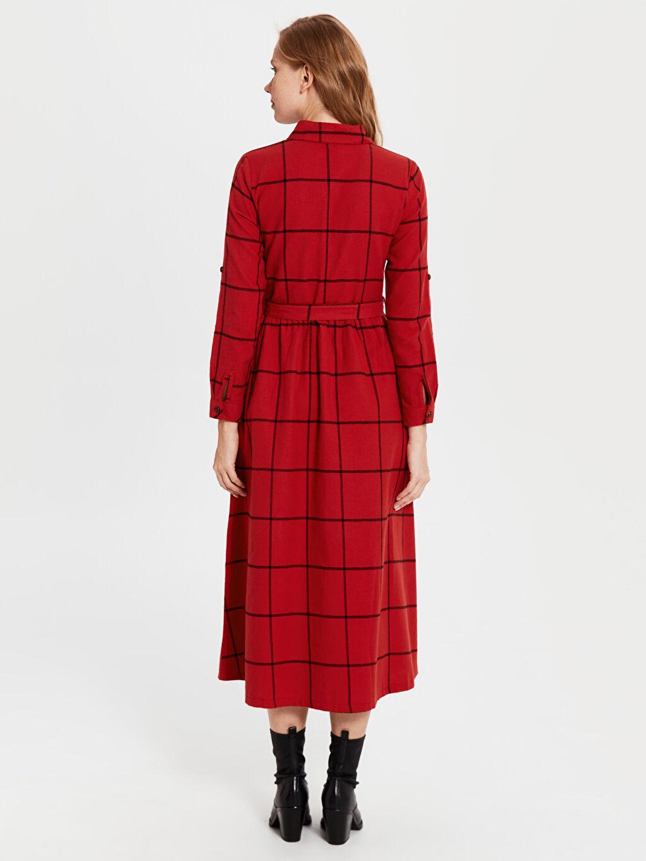 %70 Pamuk %30 Viskoz Kuşaklı Kareli Uzun Gömlek Elbise