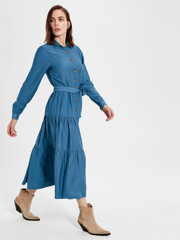 Mavi Düğme Detaylı Kuşaklı Uzun Elbise 9WU945Z8 LC Waikiki
