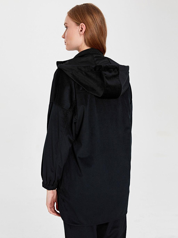 Kadın Kapüşonlu Fermuarlı Kadife Ceket