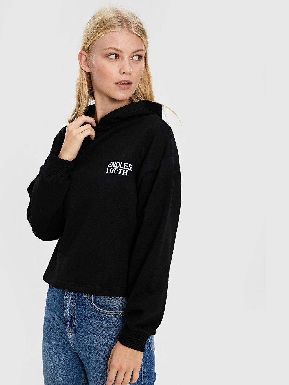 Siyah Quzu Kapüşonlu Yazı Baskılı Sweatshirt 9WV792Z8 LC Waikiki