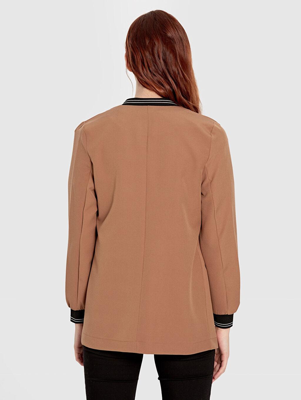 Kadın Quzu Şerit Detaylı Blazer Ceket