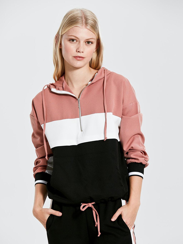 Nisan Triko Renk Bloklu Kapüşonlu Sweatshirt