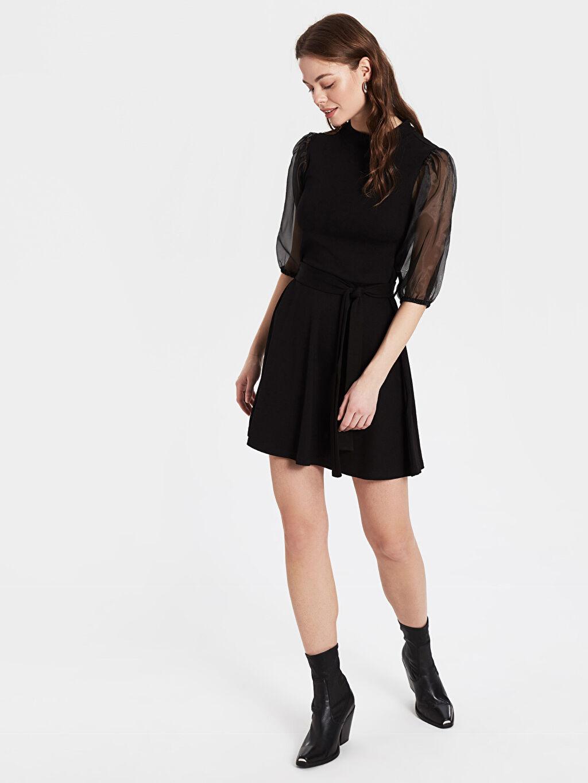 Siyah Kolları Tül Detaylı Mini Kloş Elbise 9WY688Z8 LC Waikiki