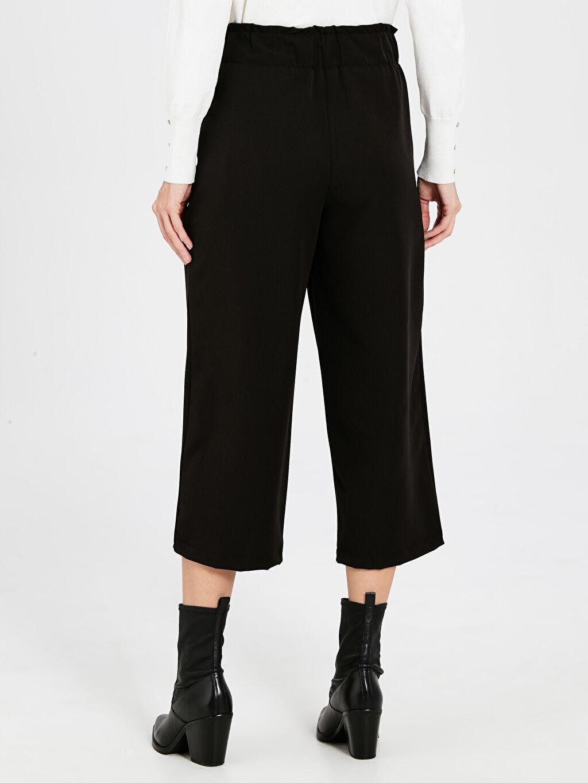 Kadın Kısa Paça Kumaş Pantolon