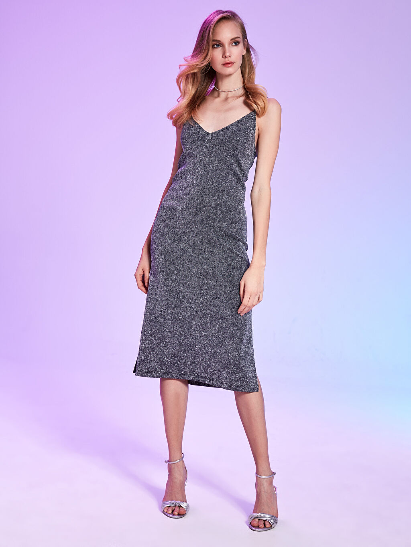 Kolsuz Rubyred Askılı Işıltılı Elbise