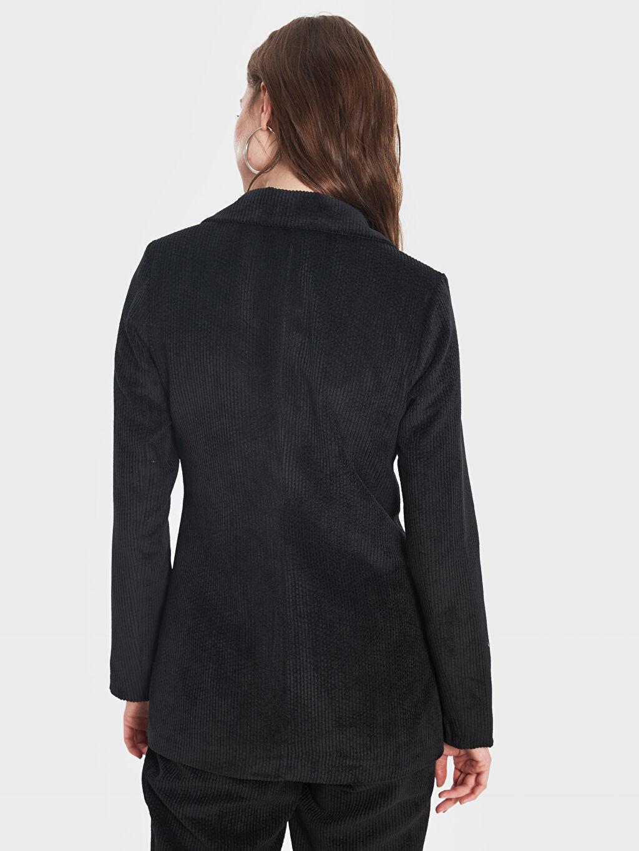 Kadın Sateen Kruvaze Yaka Kadife Ceket
