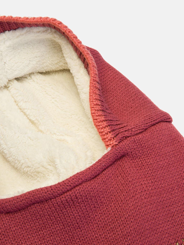 %98 Akrilik %1 Polyester %1 Metalik iplik %100 Polyester  Kız Çocuk Triko Kar Maskesi Bere