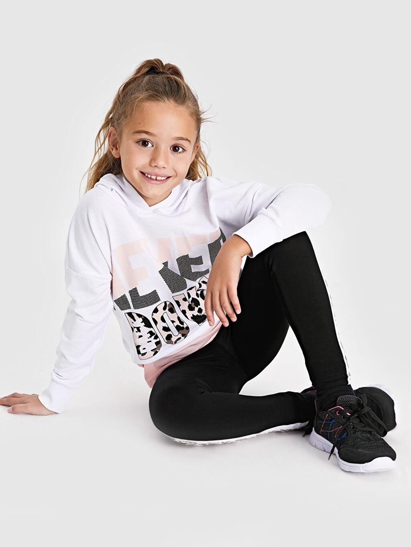 Beyaz Kız Çocuk Yazı Baskılı Kapüşonlu Sweatshirt 9WR086Z4 LC Waikiki