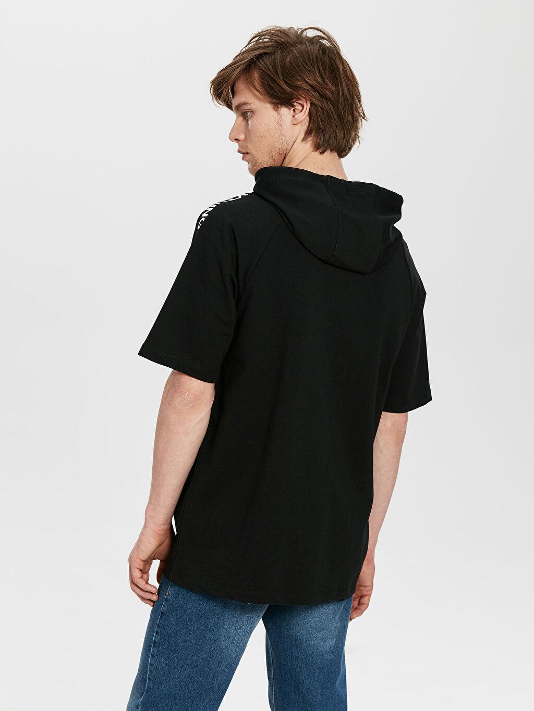 %81 Pamuk %19 Polyester  Kapüşonlu Şeritli Kısa Kollu Sweatshirt