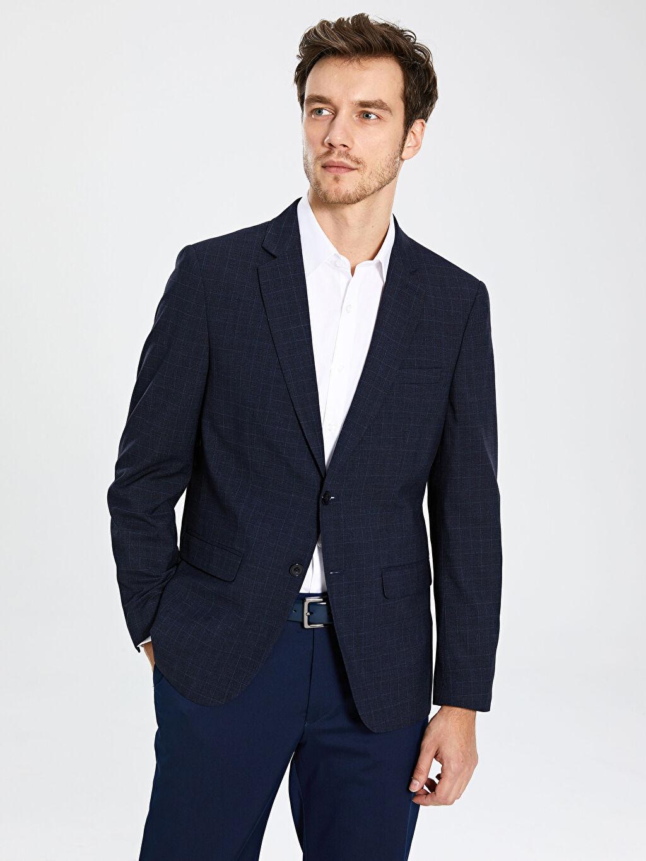 %66 Polyester %2 Elastan %32 Viskon %100 Polyester  Standart Kalıp Blazer Ceket